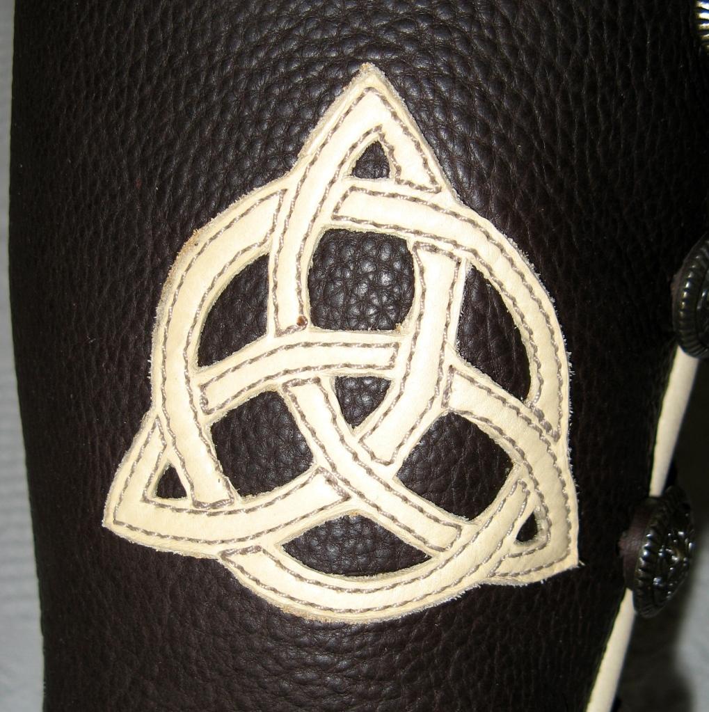 triquetra celtic applique