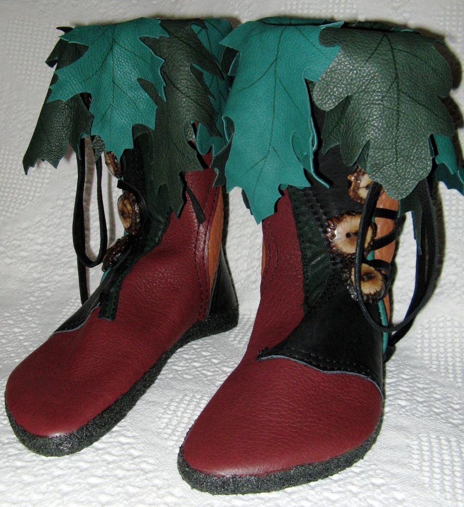 woodsman elven moccasins oak leaves